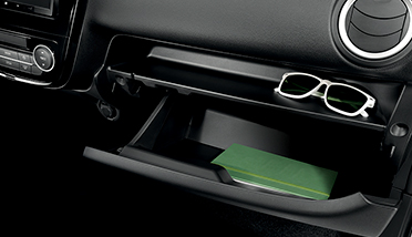 GLOVE BOX & TRAY